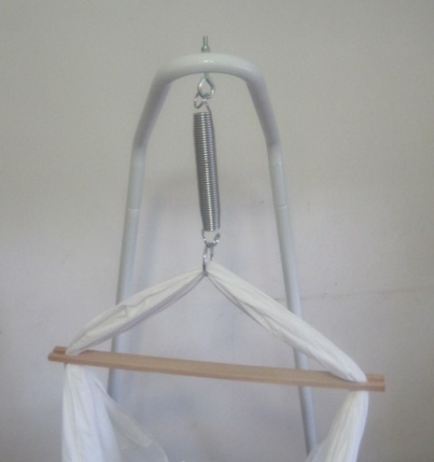improvements the natures nest has brought to their babies and to the family as a whole is truly astonishing  new mamakiddies baby hammock cot bassi  cotton with stand      rh   ebay   au